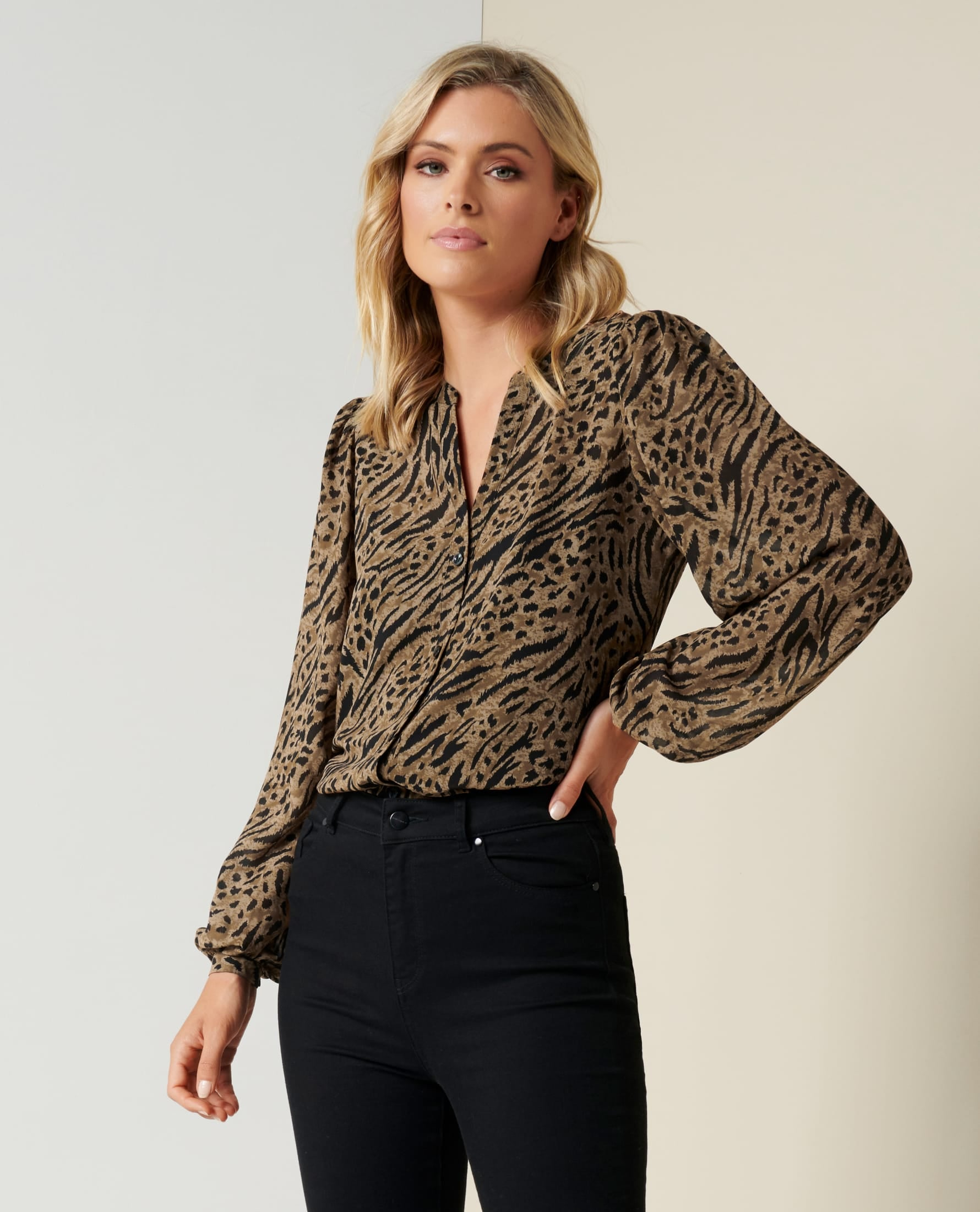 Womens Top   Forever New Clothing